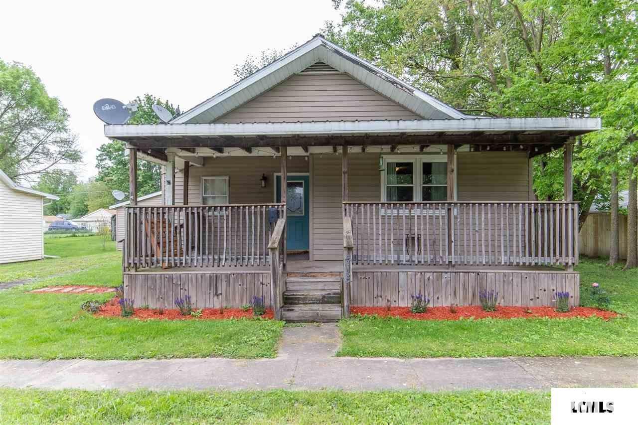 415 S LOGAN Property Photo - Mason City, IL real estate listing