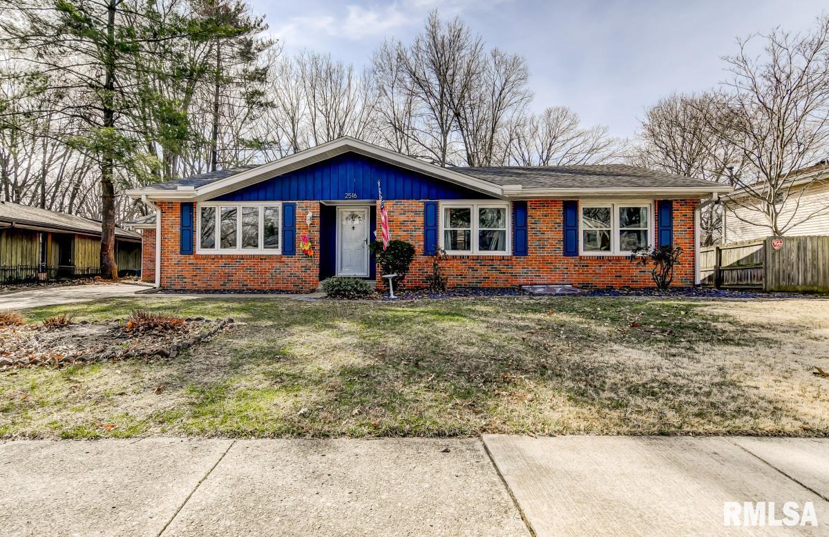 2516 CHURCHILL Property Photo - Springfield, IL real estate listing