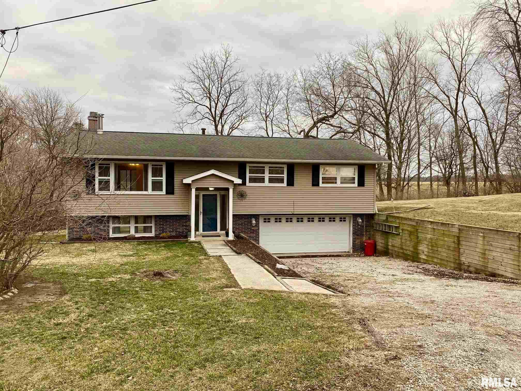 679 PALM Property Photo - Petersburg, IL real estate listing