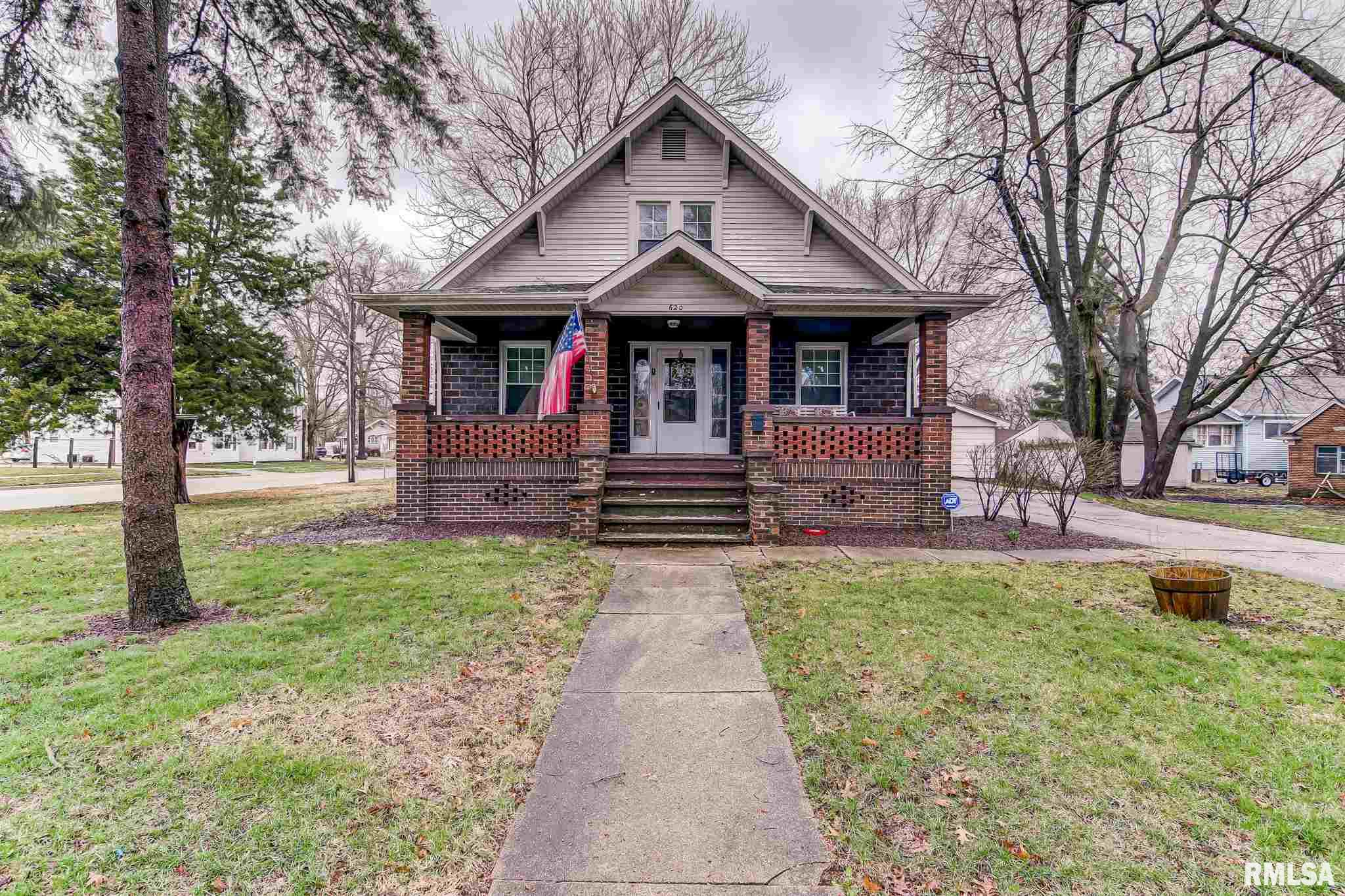 620 W JEFFERSON Property Photo - Auburn, IL real estate listing
