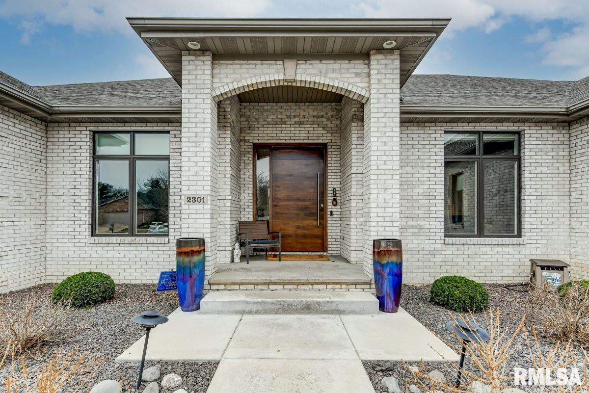 2301 Tara Ln Property Photo