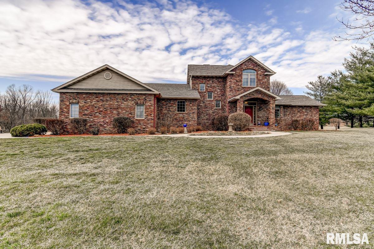 3315 Sudduth Property Photo - Sherman, IL real estate listing