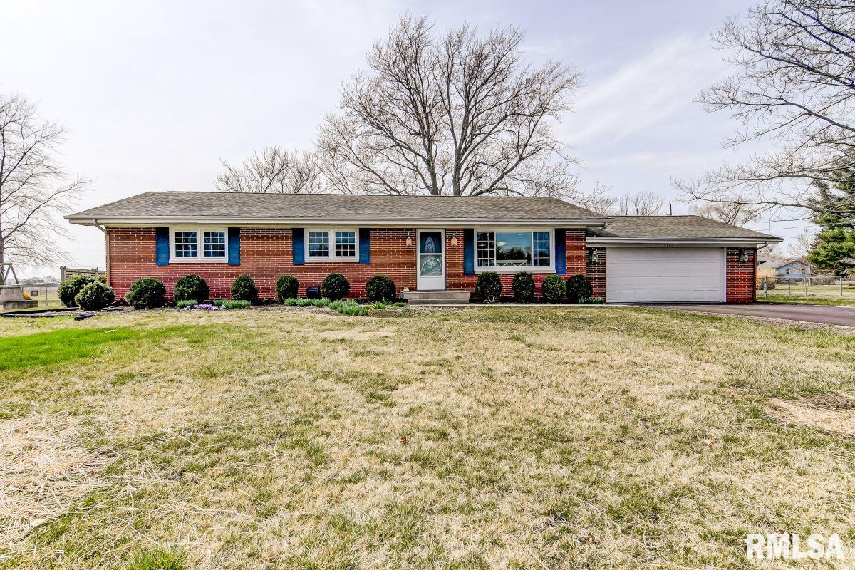 7583 N PAWNEE Property Photo - Springfield, IL real estate listing