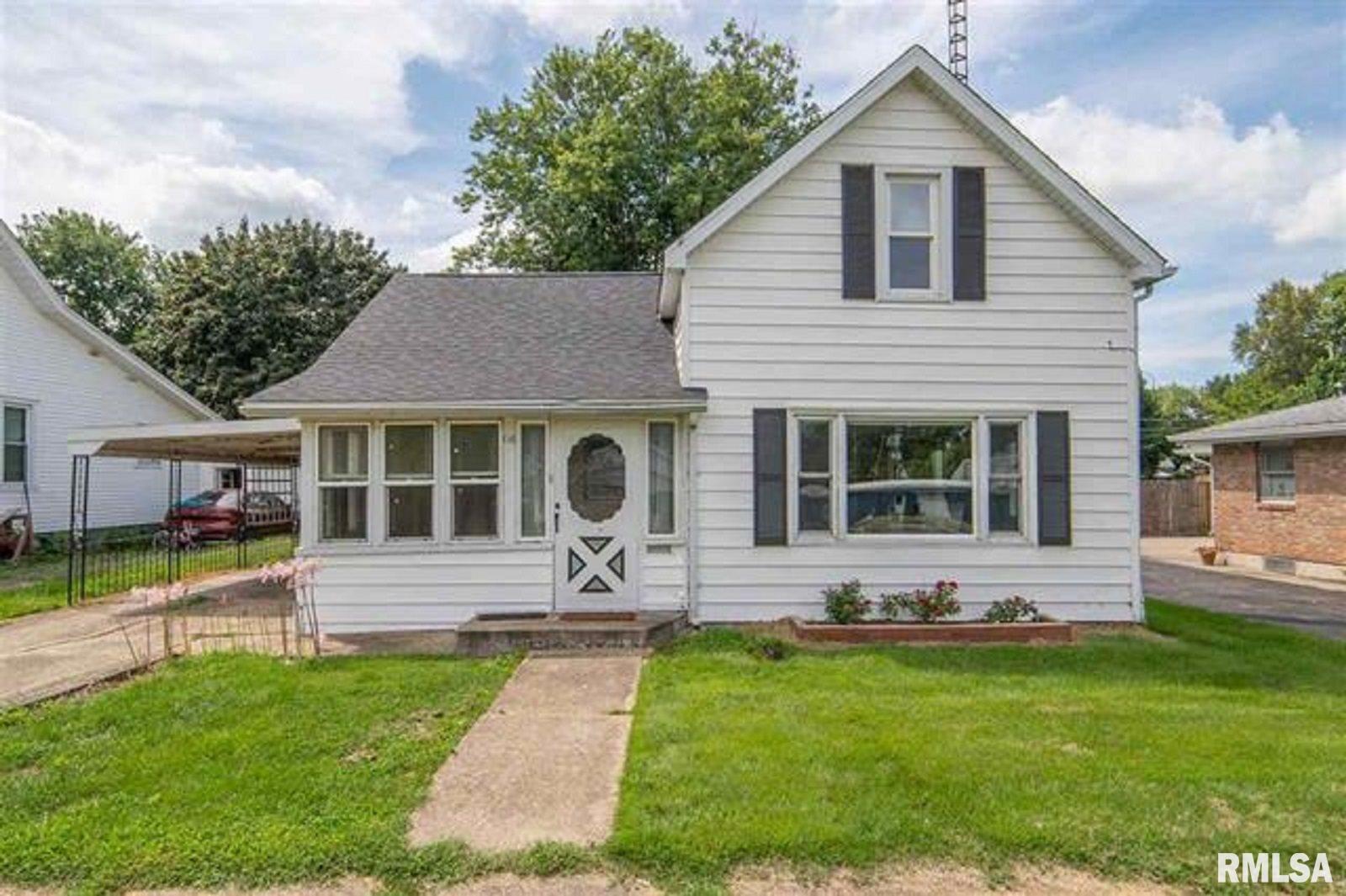 116 S LOGAN Property Photo - Mason City, IL real estate listing