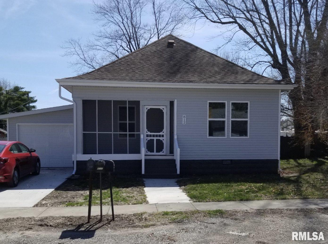 812 W MONROE Property Photo - Pawnee, IL real estate listing