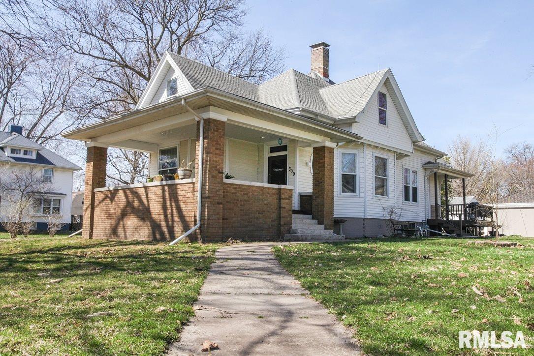 300 LINDEN Property Photo - San Jose, IL real estate listing