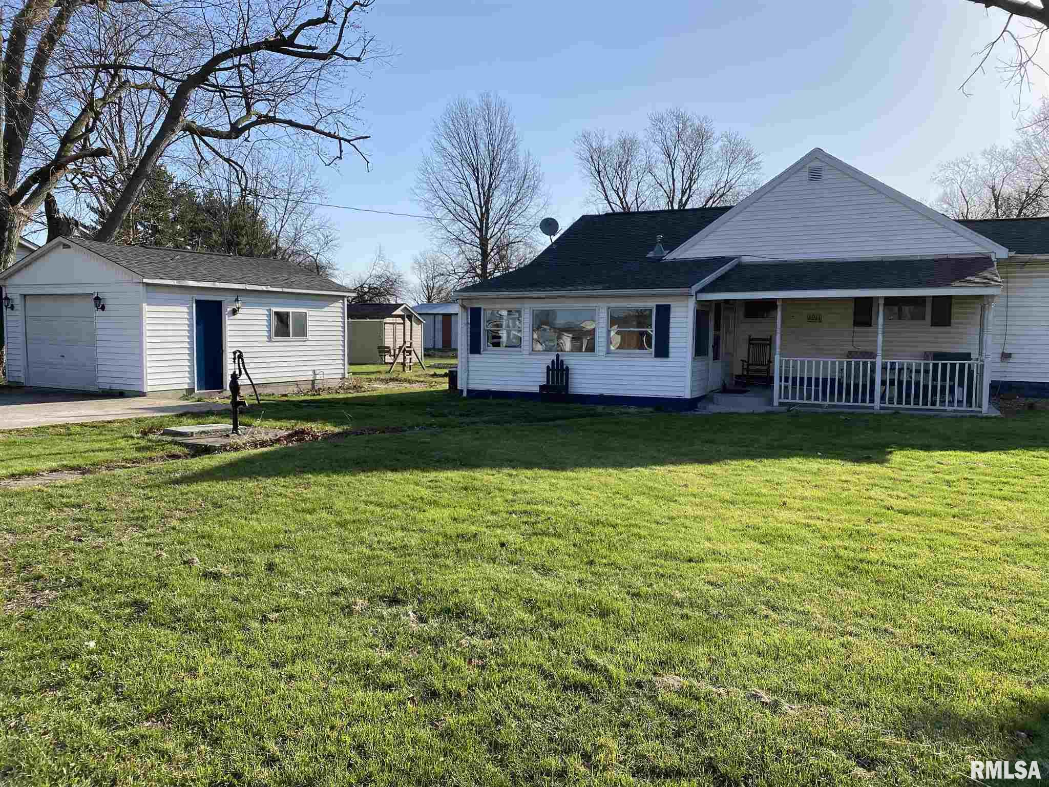 1011 CARROLL Property Photo - Pawnee, IL real estate listing