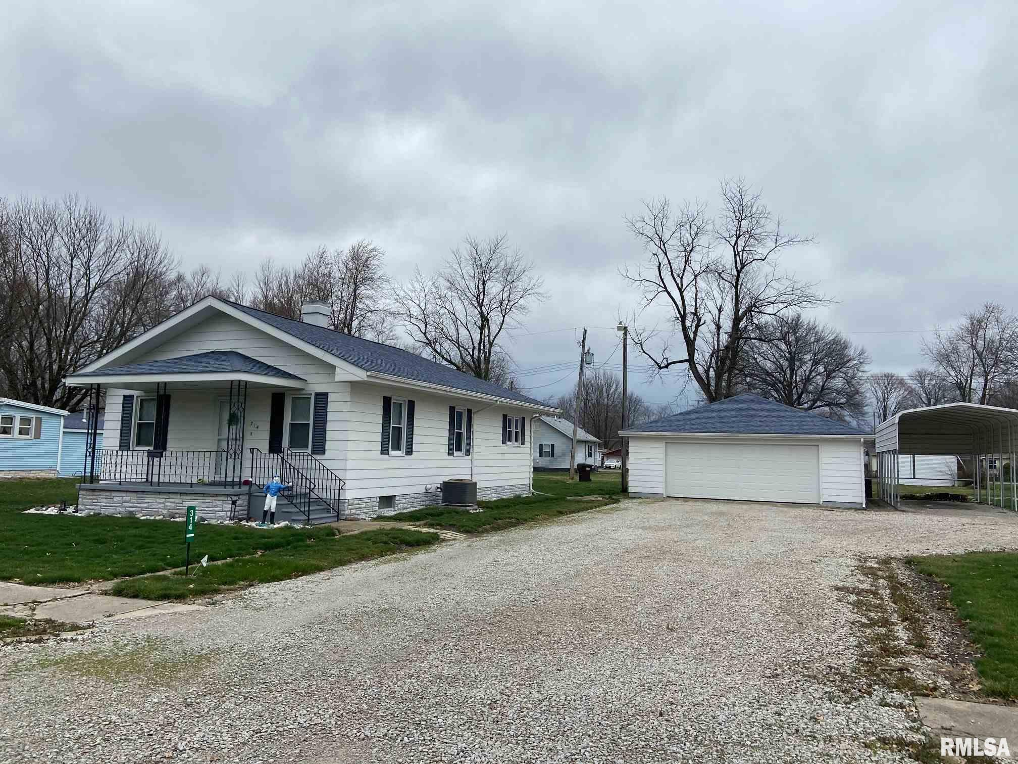 314 WILLOW Property Photo - Kincaid, IL real estate listing