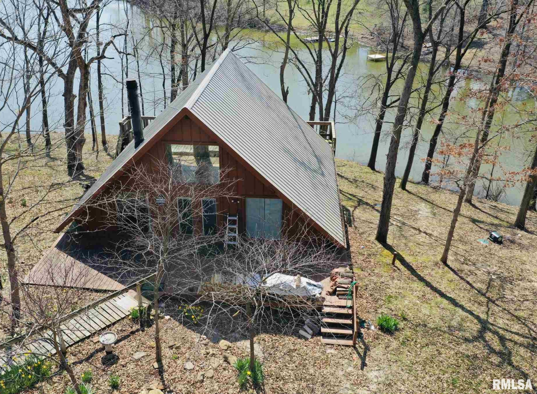 7405 WOODLAND HILLS Property Photo - Rushville, IL real estate listing