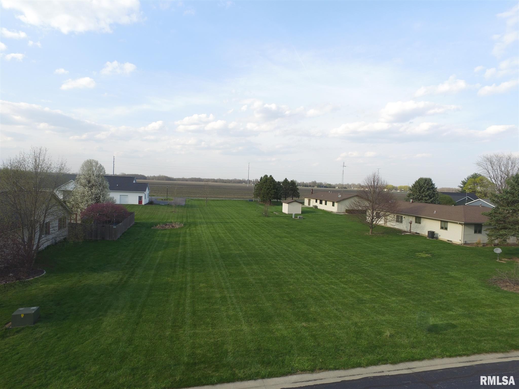 6703 BECKER Property Photo - Virden, IL real estate listing