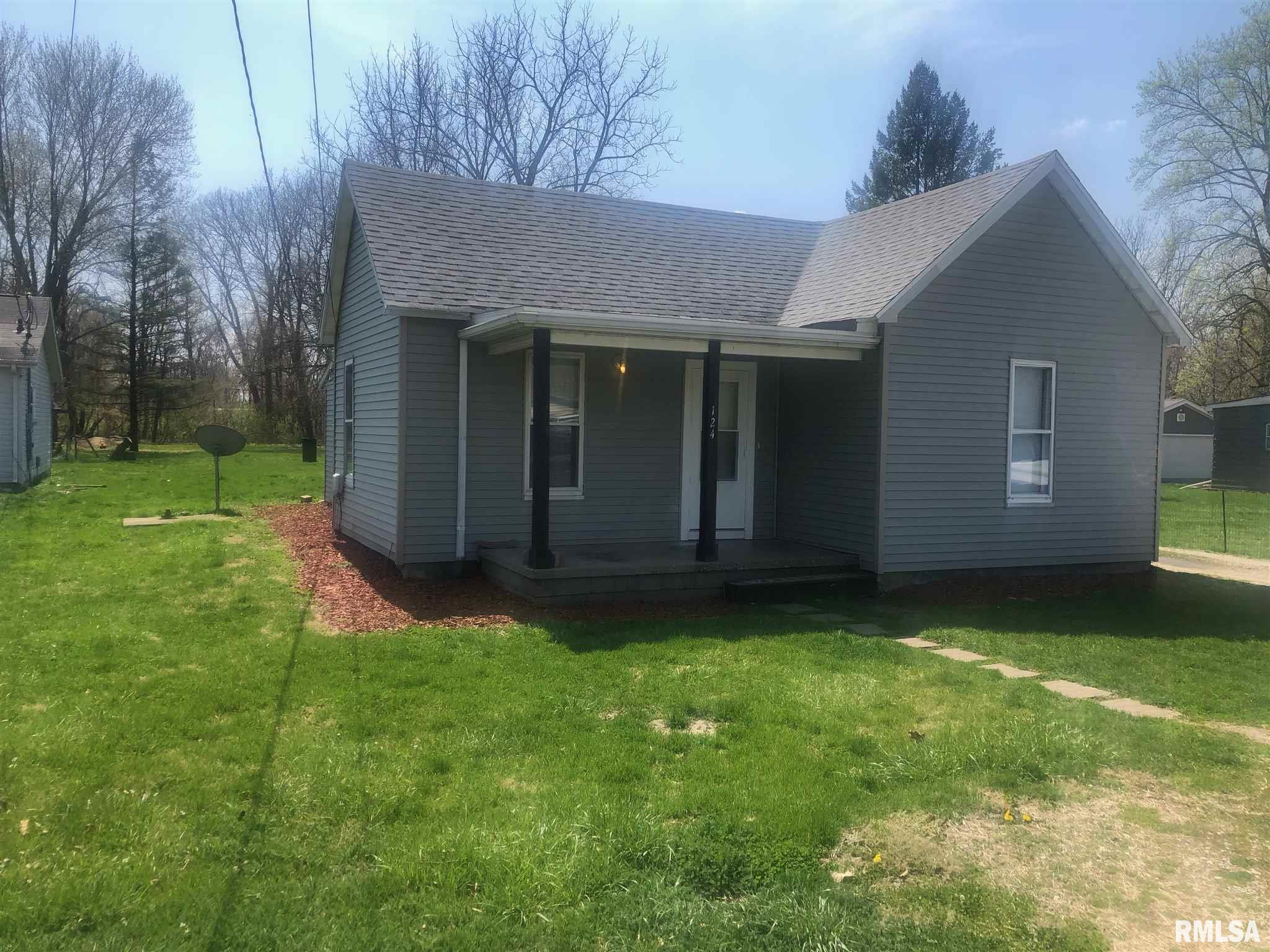 124 W Raylots Property Photo - Spaulding, IL real estate listing