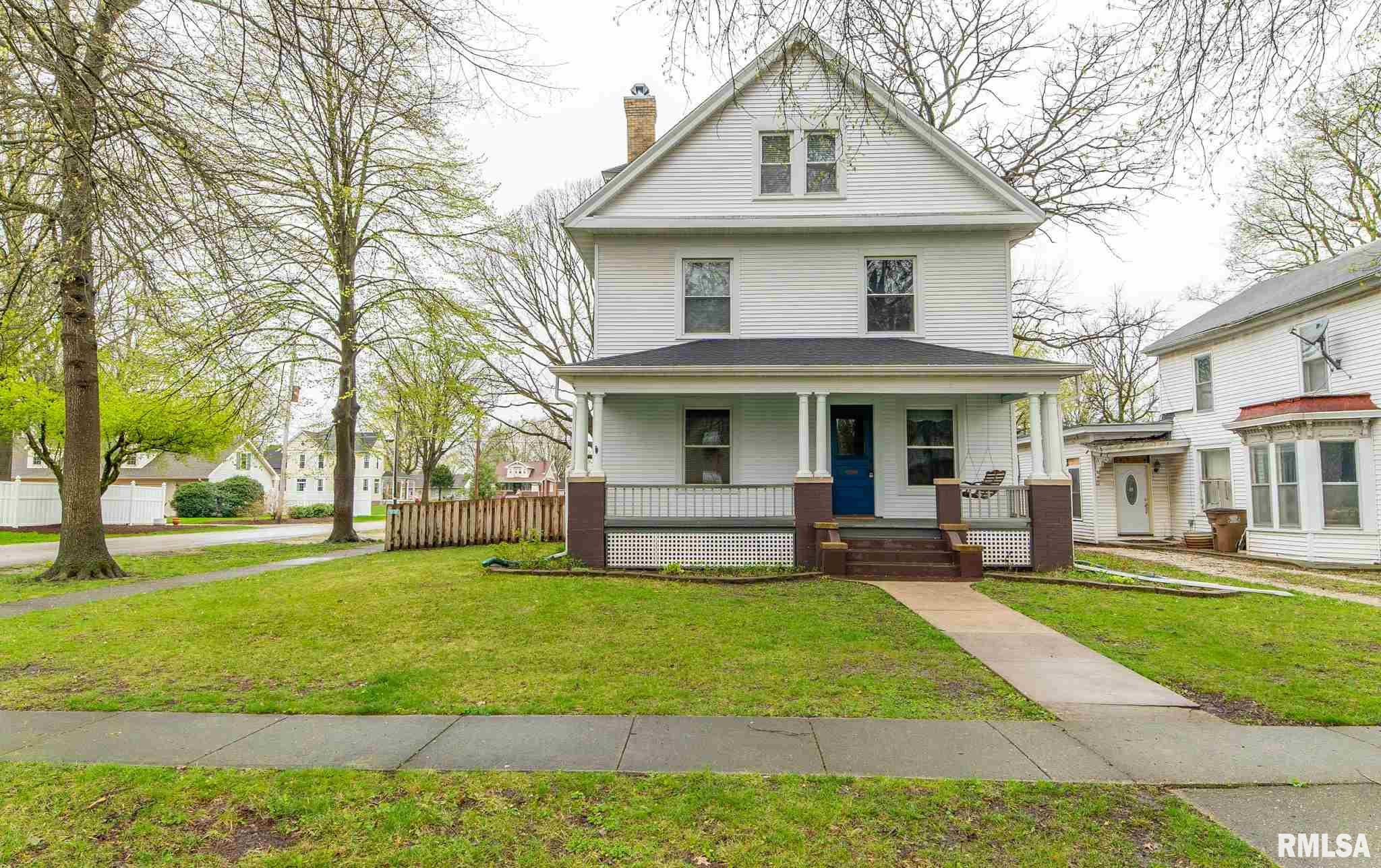 233 S BLAIR Property Photo - Virden, IL real estate listing