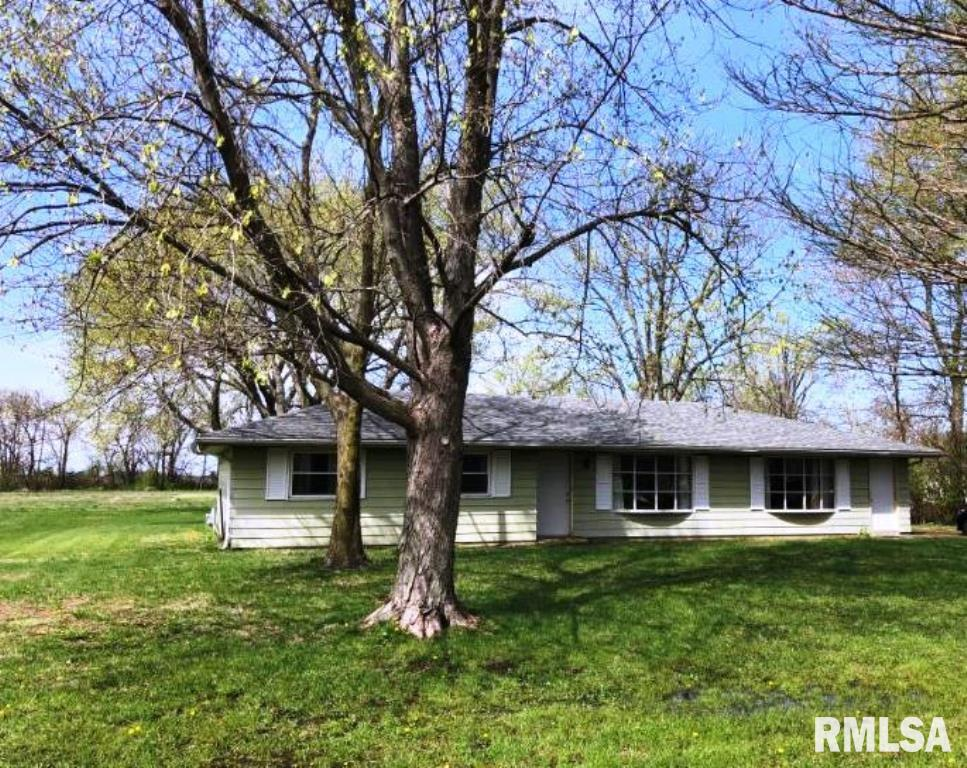 308 S THIRD Property Photo - Easton, IL real estate listing