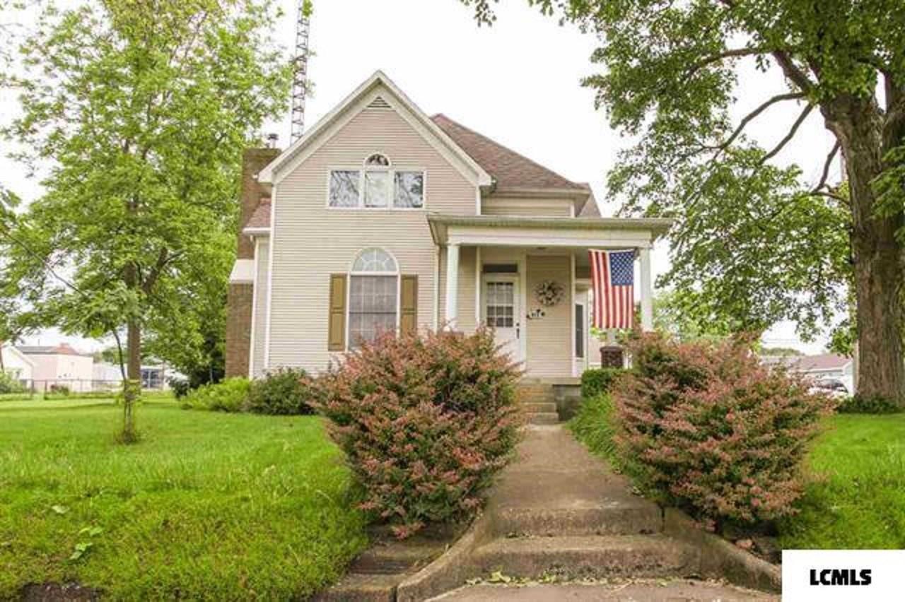 Hartsburg Real Estate Listings Main Image