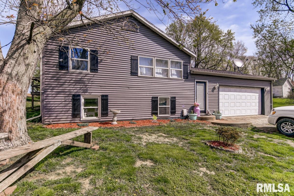 409 W MAIN Property Photo - Pleasant Plains, IL real estate listing