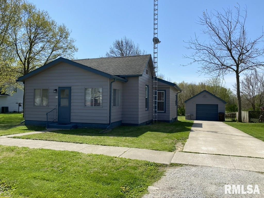 806 ADAMS Property Photo - Pawnee, IL real estate listing