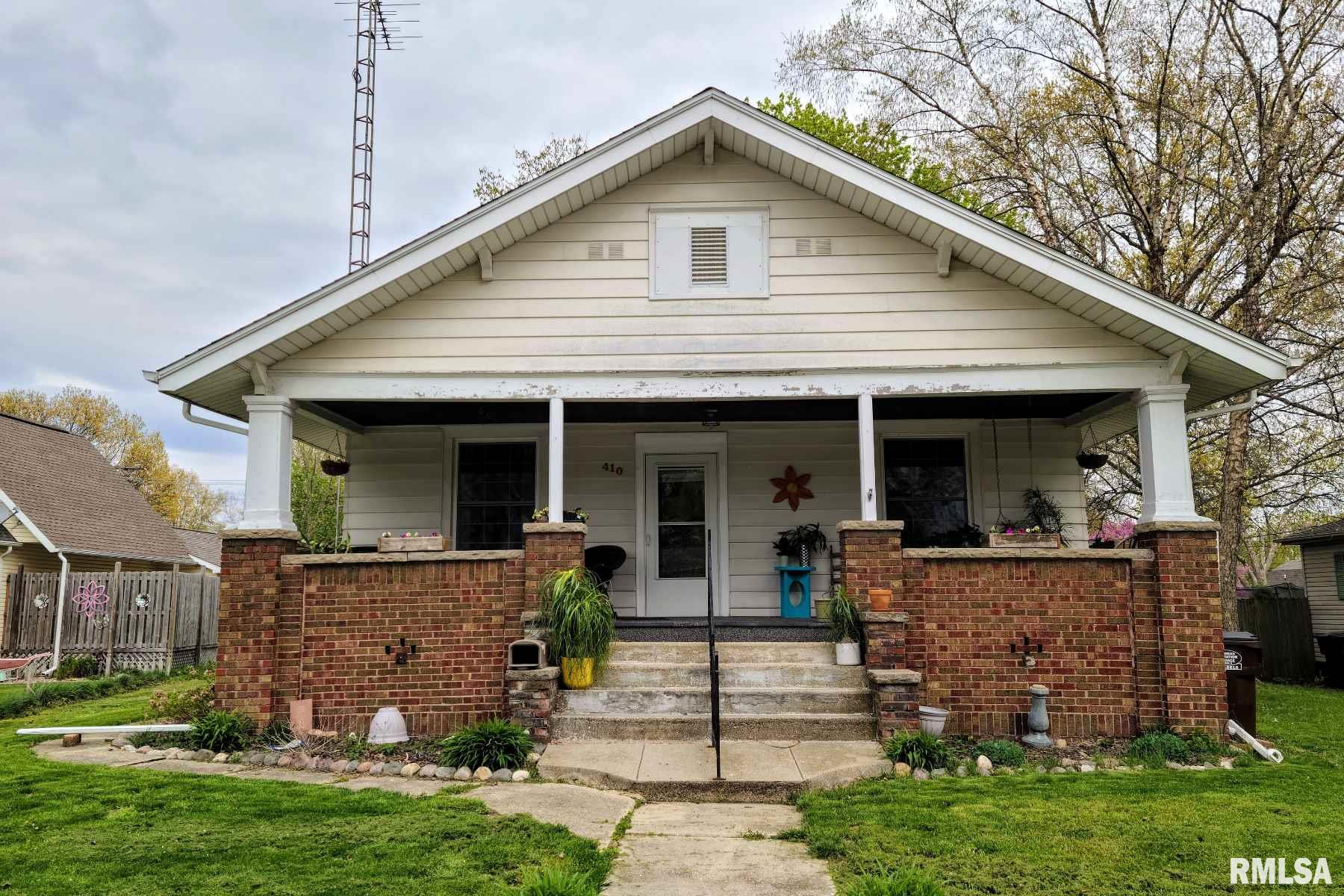 410 S CHURCH Property Photo - Virden, IL real estate listing