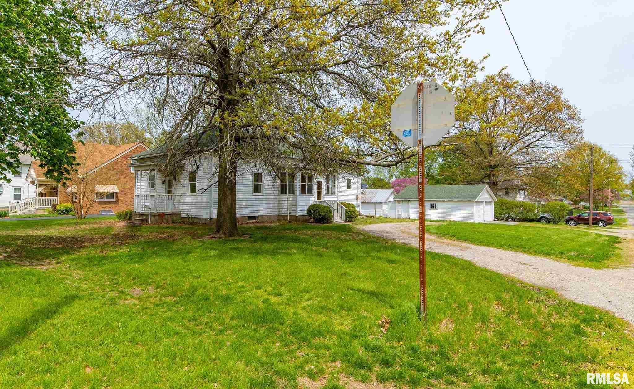 503 N VINE Property Photo - Mt Pulaski, IL real estate listing