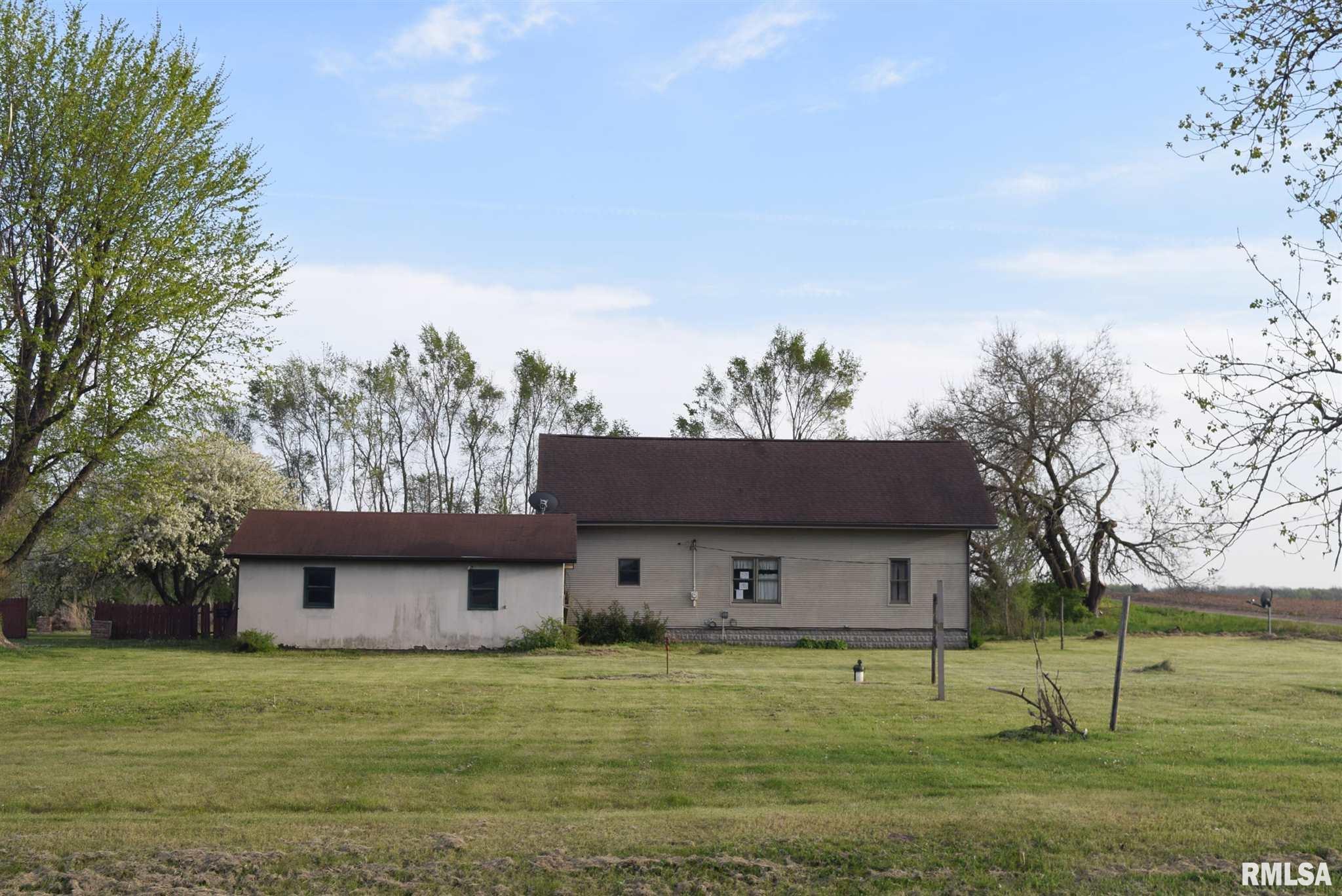 21299 E CR 700 N Property Photo - Kilbourne, IL real estate listing