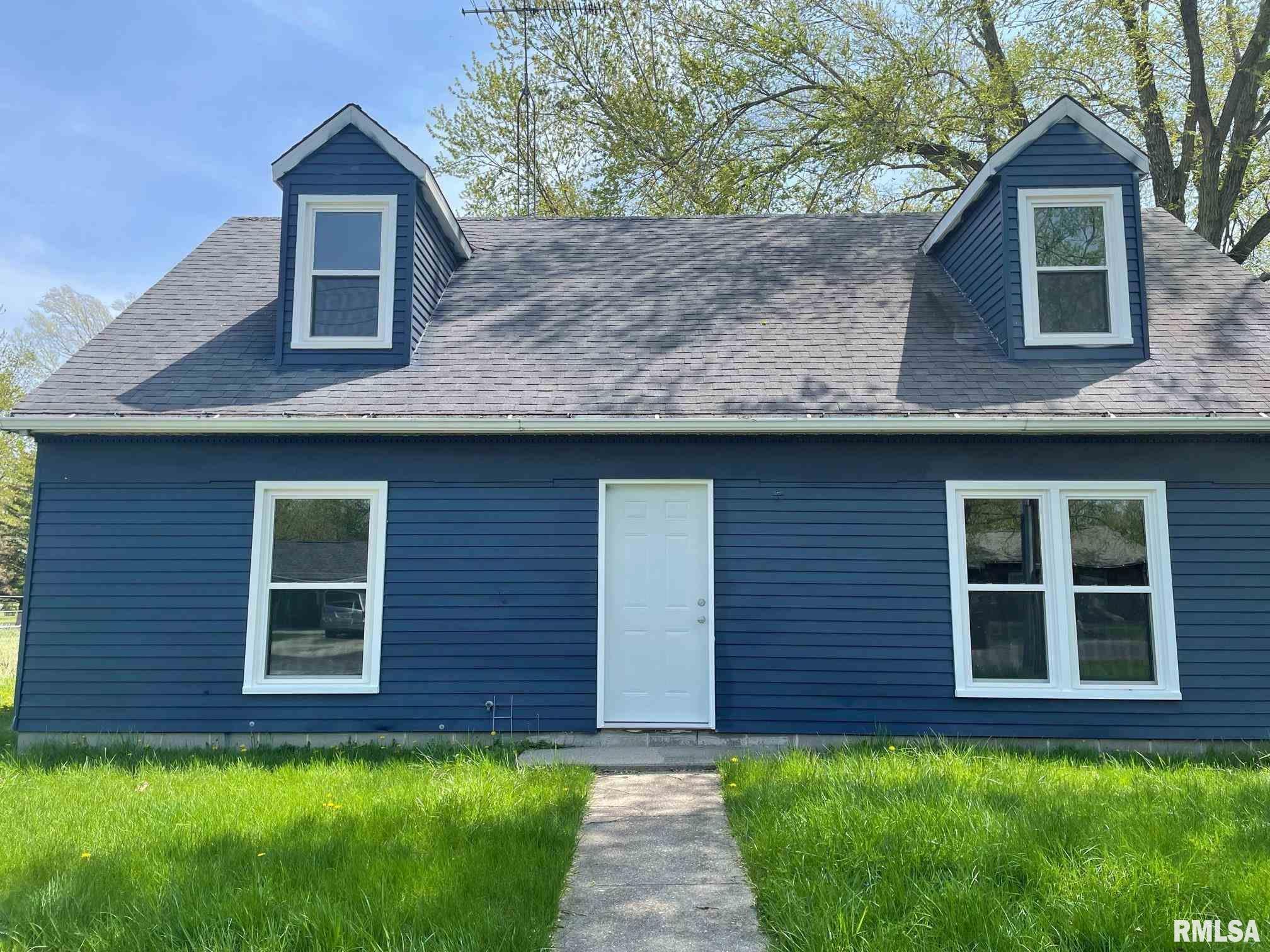 410 N Emmett Property Photo - Virden, IL real estate listing