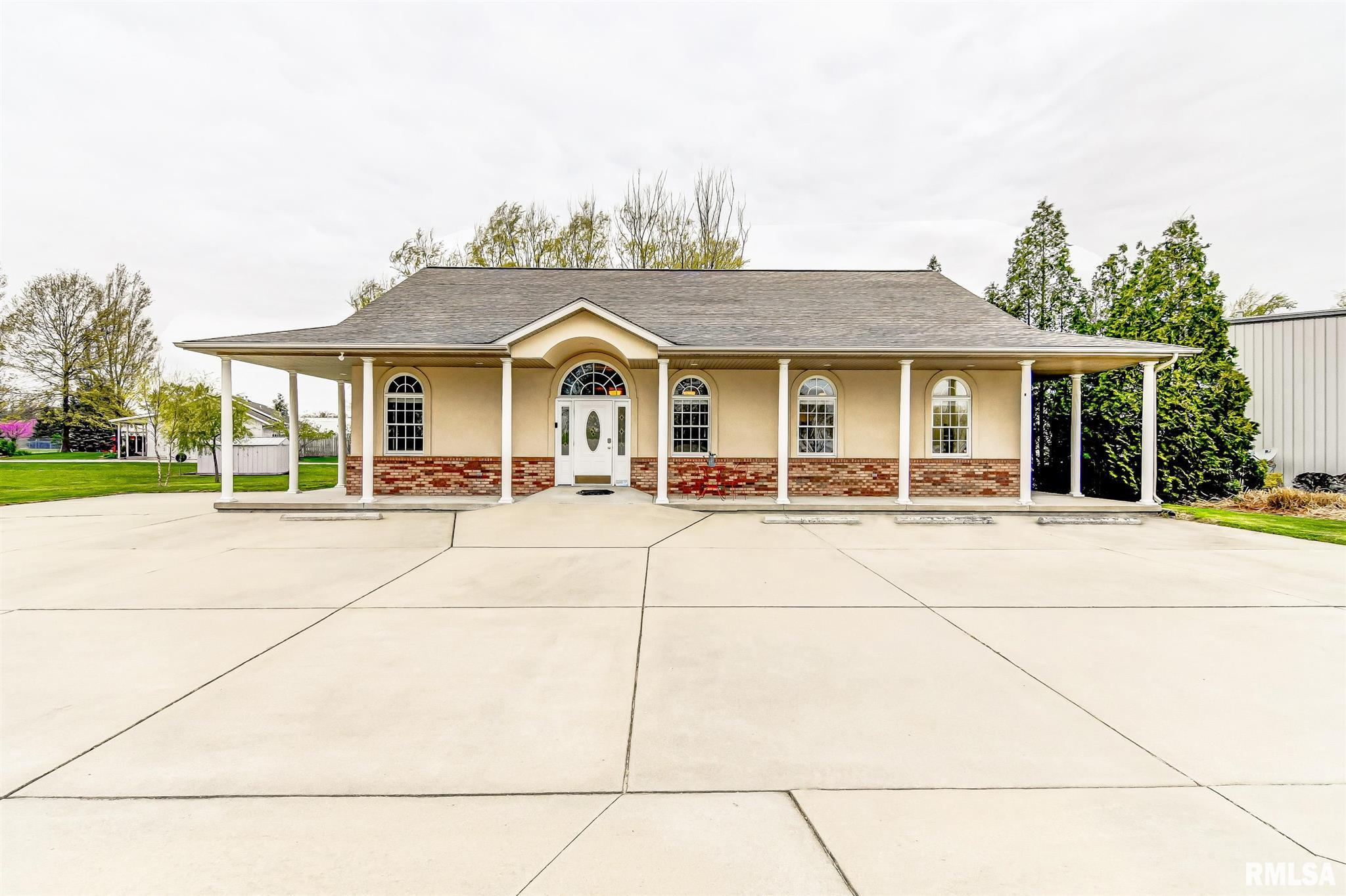 6765 Old Route 36 Property Photo - Riverton, IL real estate listing