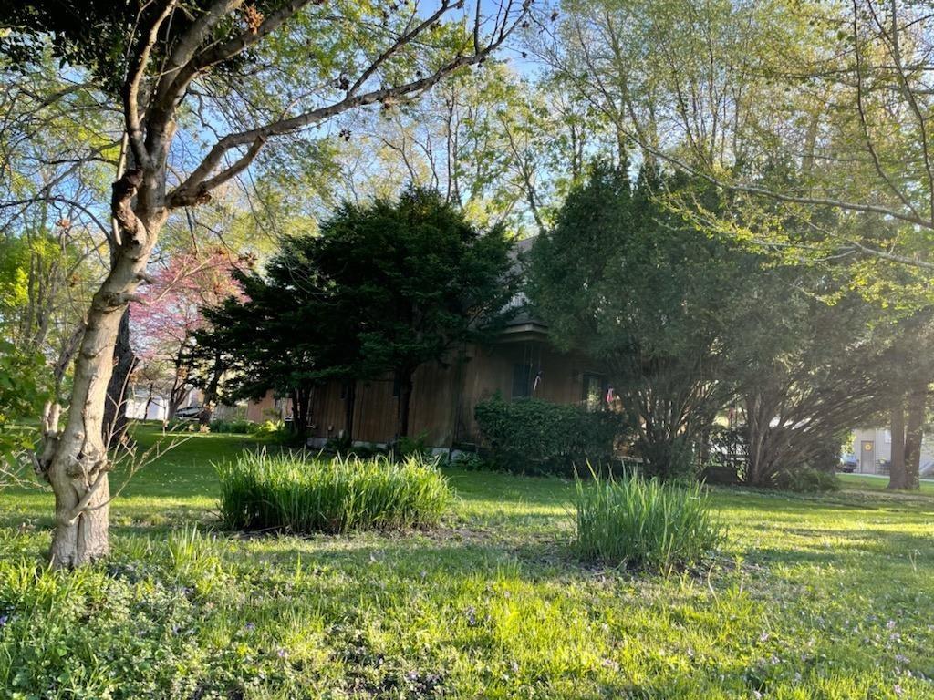 810 JEFFERSON Property Photo - Pawnee, IL real estate listing