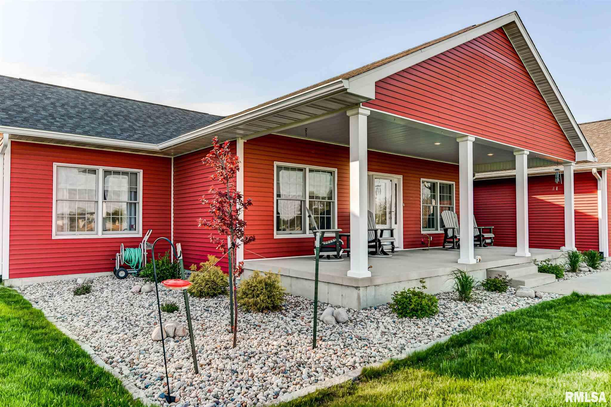 62558 Real Estate Listings Main Image