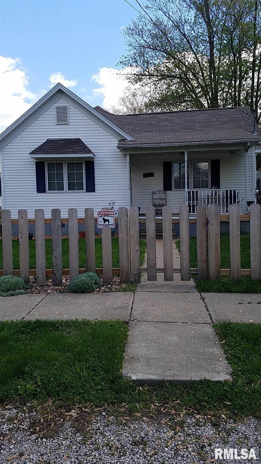 312 S STATE Property Photo - Divernon, IL real estate listing