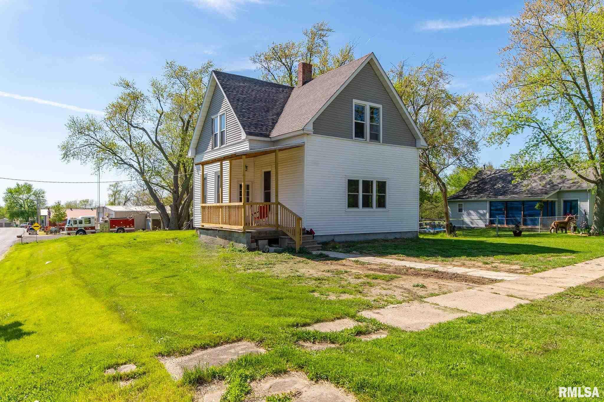 309 S MAIN Property Photo - Waynesville, IL real estate listing