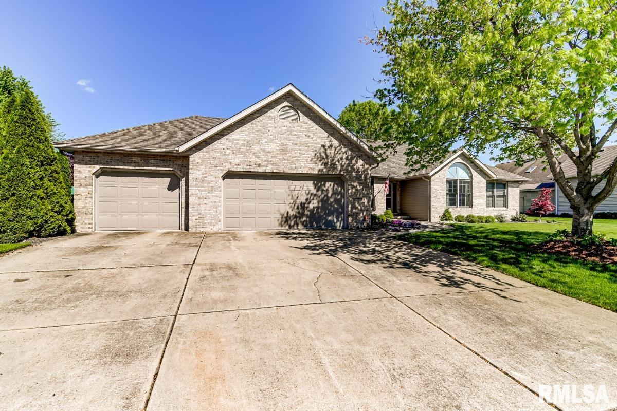 8 VIRGINIA Property Photo - Rochester, IL real estate listing