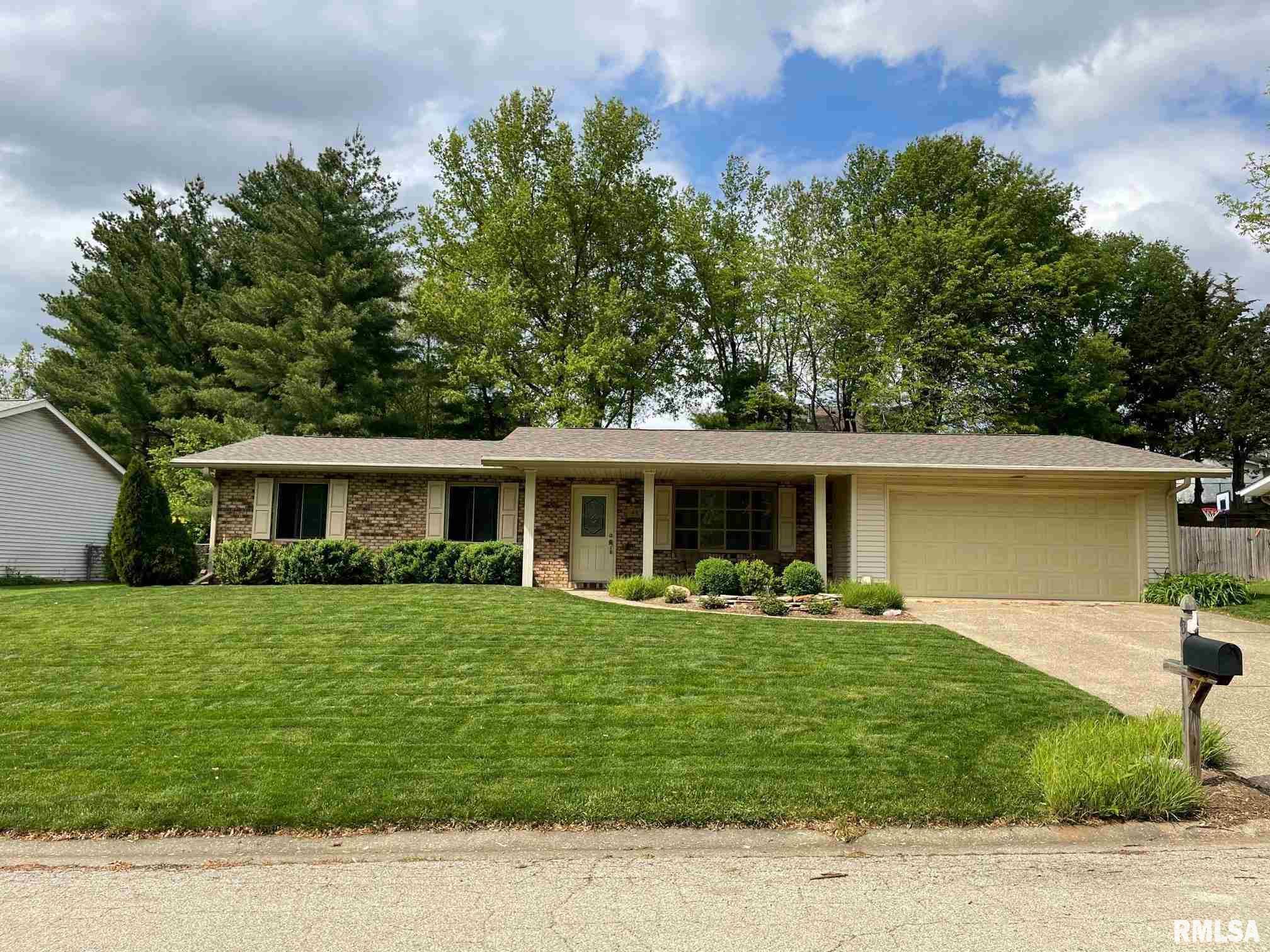 43 Birch Lake Property Photo - Sherman, IL real estate listing