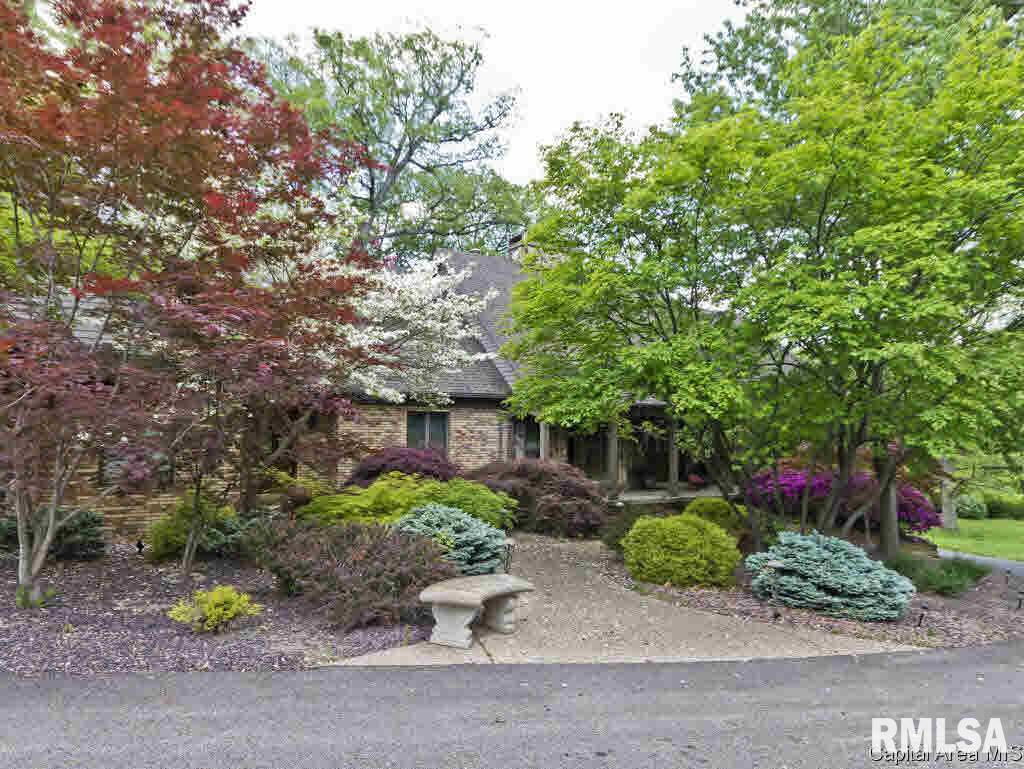 17 WILLIAMSBURG Property Photo - Sherman, IL real estate listing