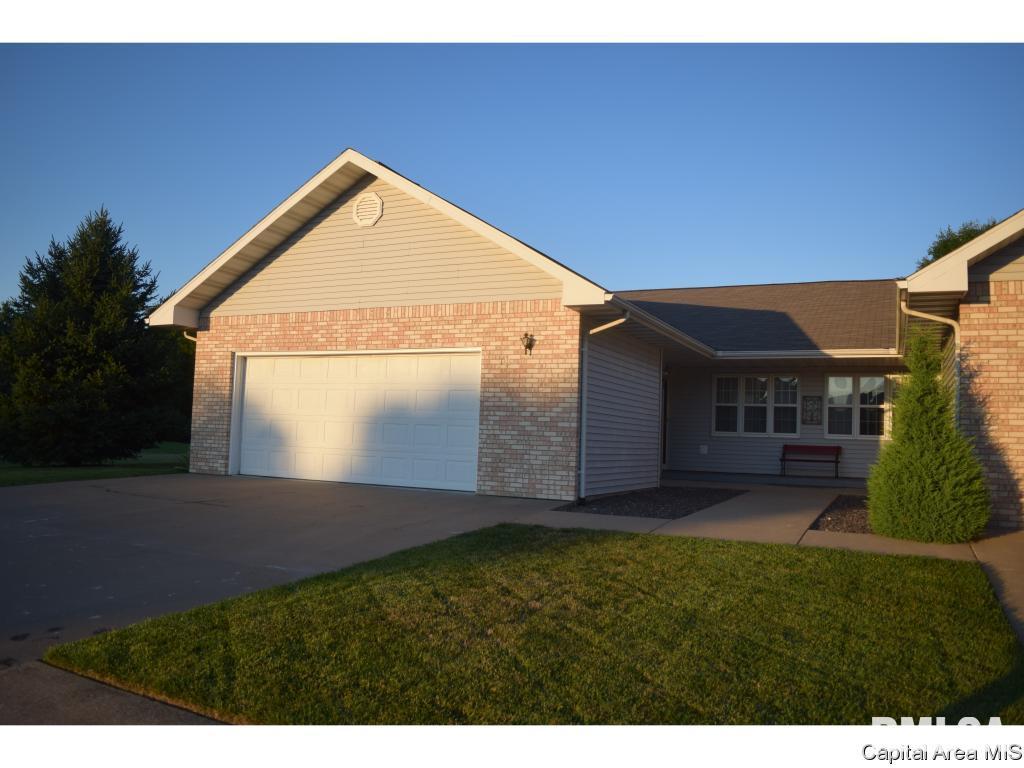 18 Wadsworth Drive Property Photo