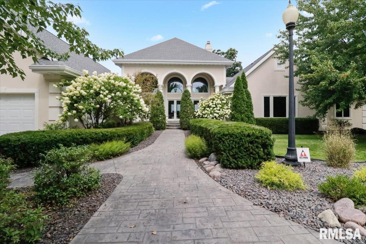 1529 E Lake Shore Drive Property Photo 1