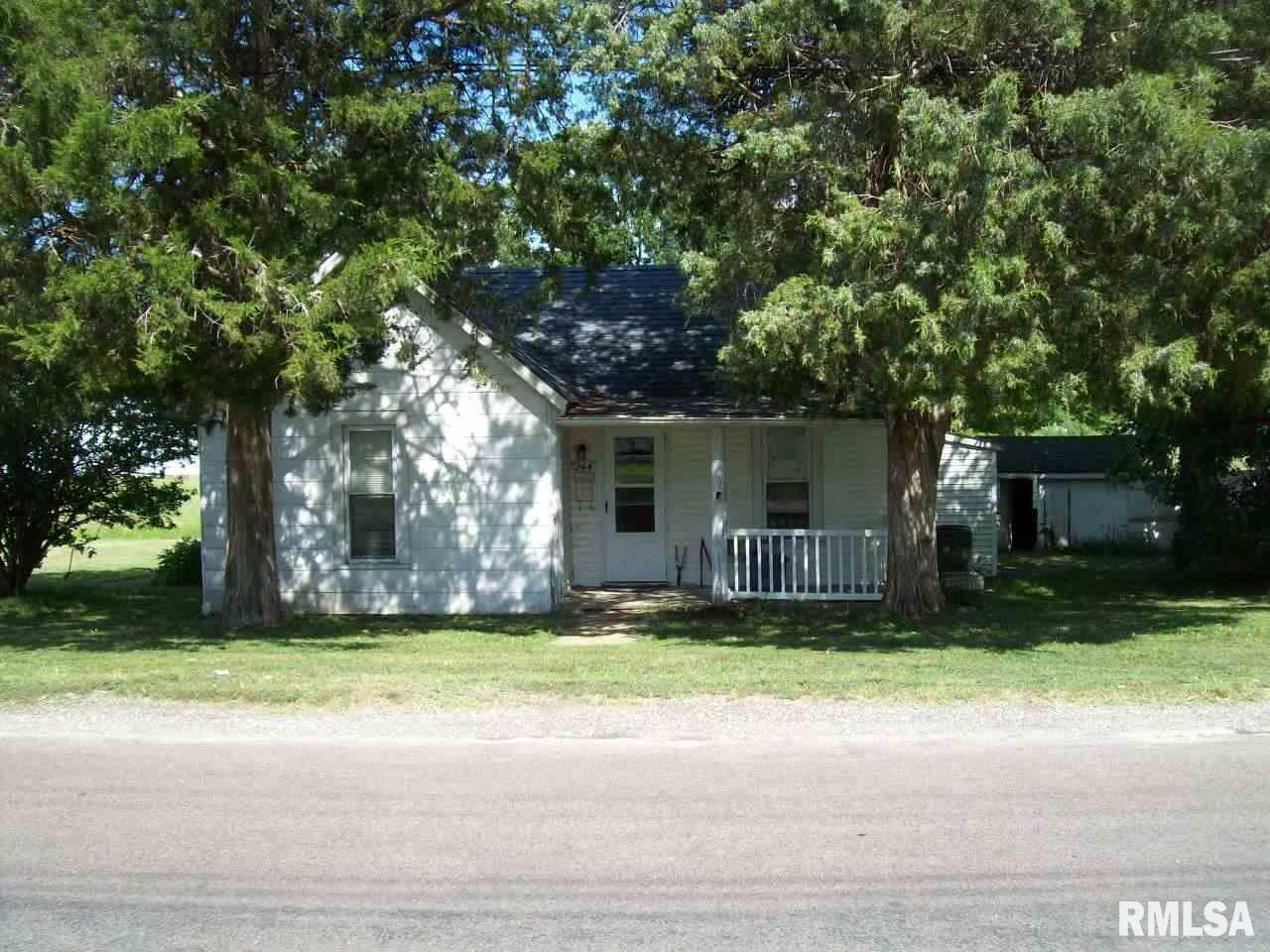 244 N COMMERCIAL Property Photo - Winchester, IL real estate listing