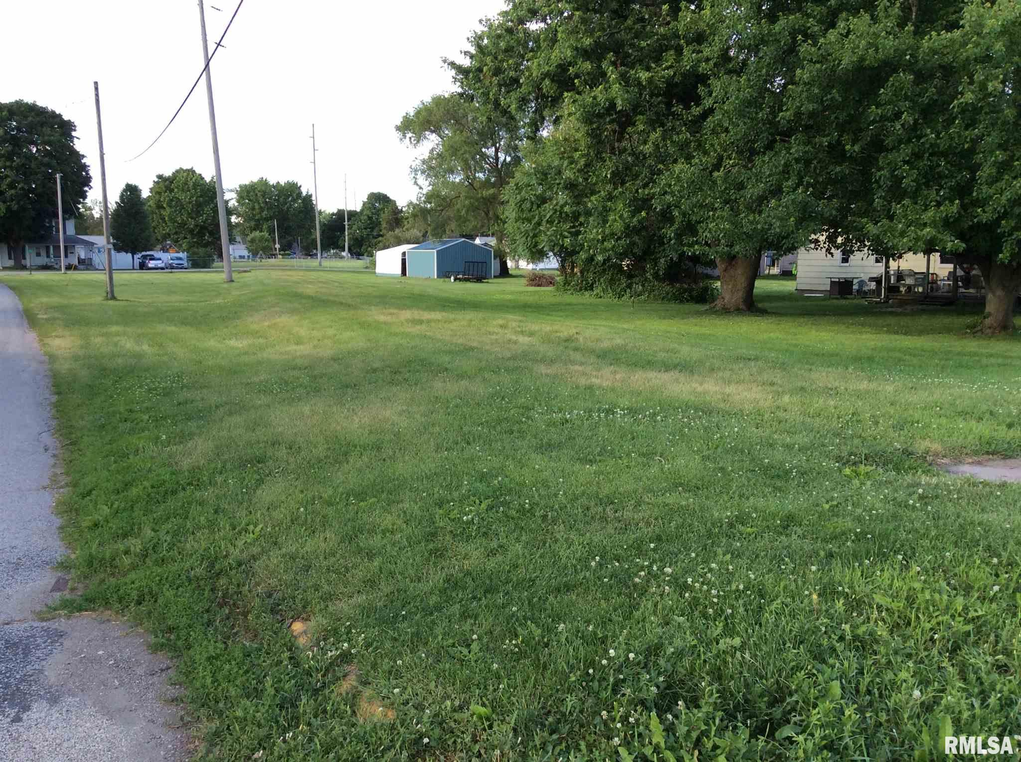 W BROADWAY Property Photo - Monmouth, IL real estate listing