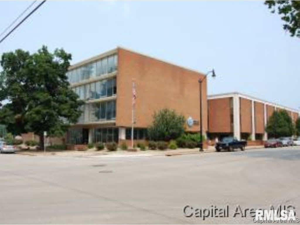 529 S 7TH Property Photo - Springfield, IL real estate listing