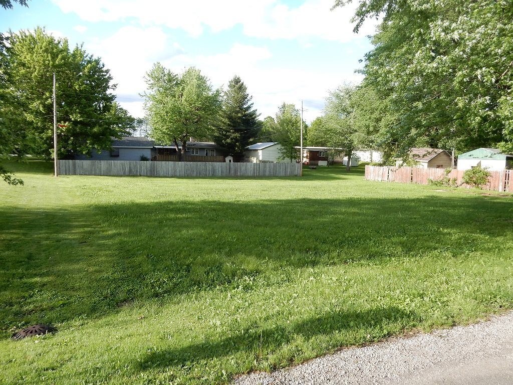 GLEN Property Photo - Kincaid, IL real estate listing