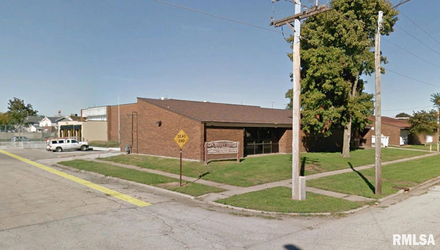 1415 E JEFFERSON Property Photo - Springfield, IL real estate listing