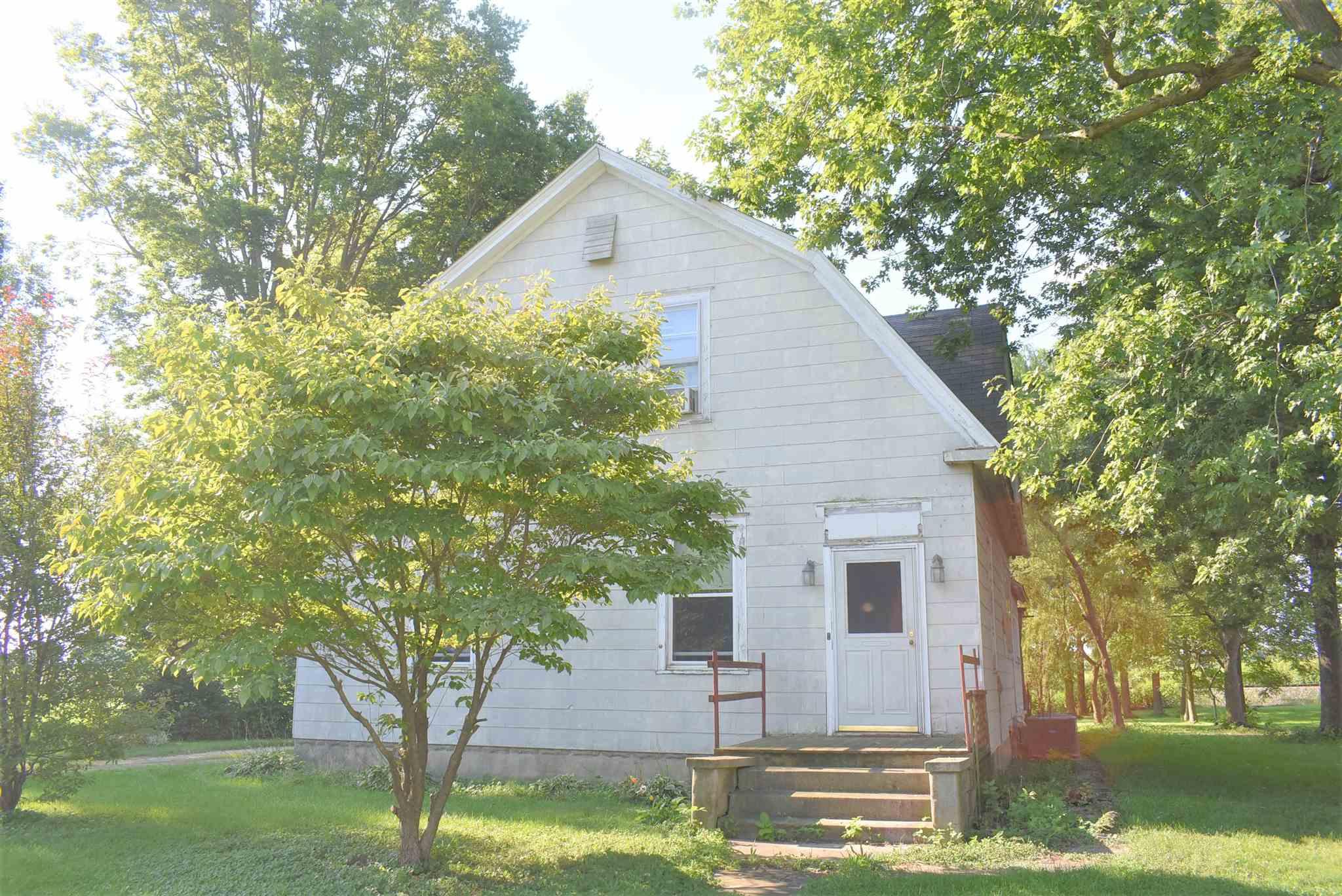 117 E Superior Property Photo - Chapin, IL real estate listing