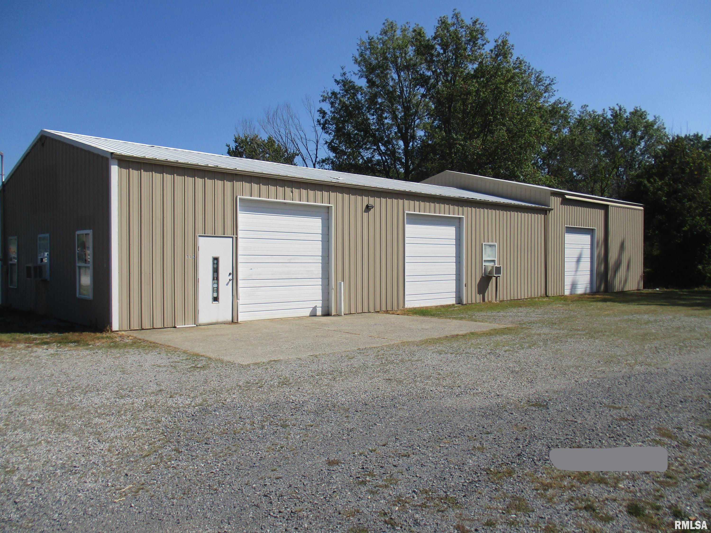 106/108 MISSOURI Property Photo - Salem, IL real estate listing