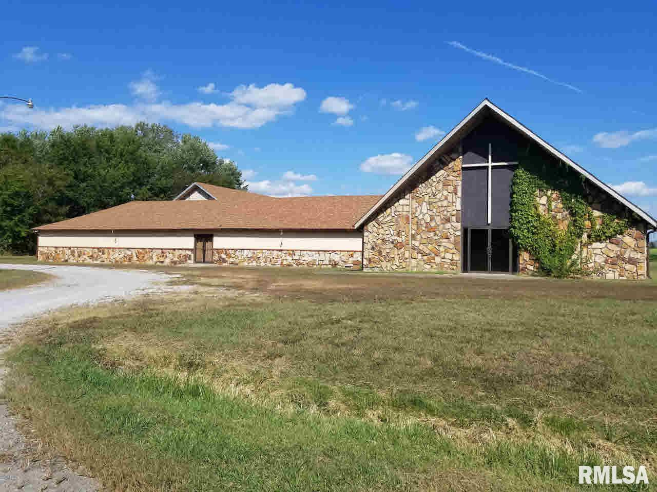 460 State Route 4 Property Photo - Willisville, IL real estate listing