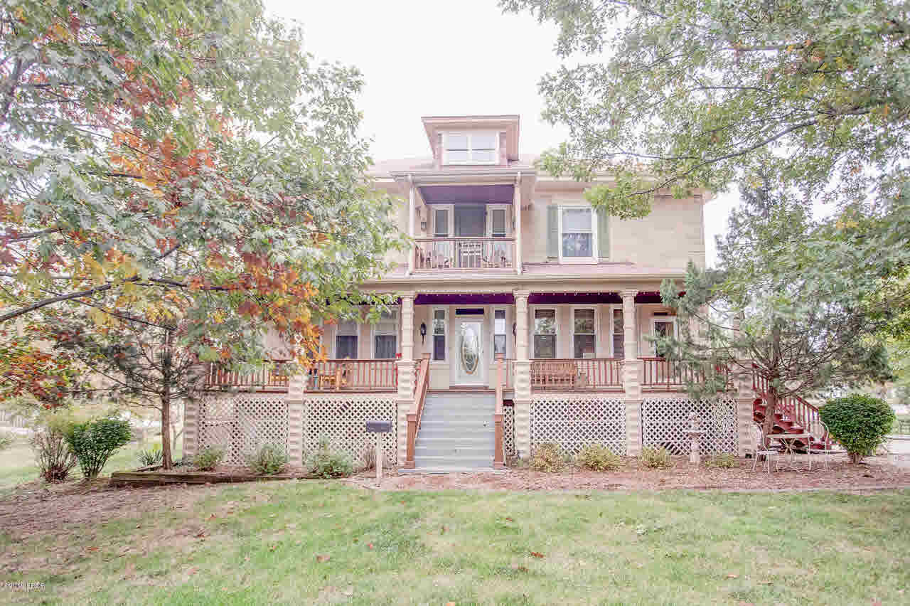 104 South Line Property Photo - Duquoin, IL real estate listing