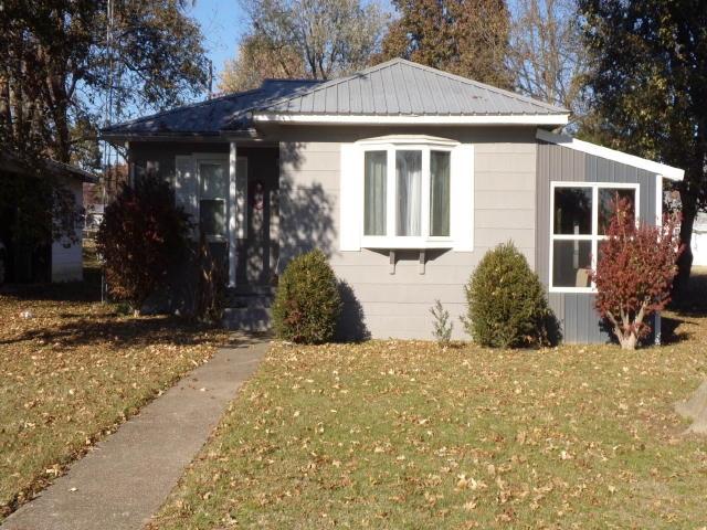 62984 Real Estate Listings Main Image