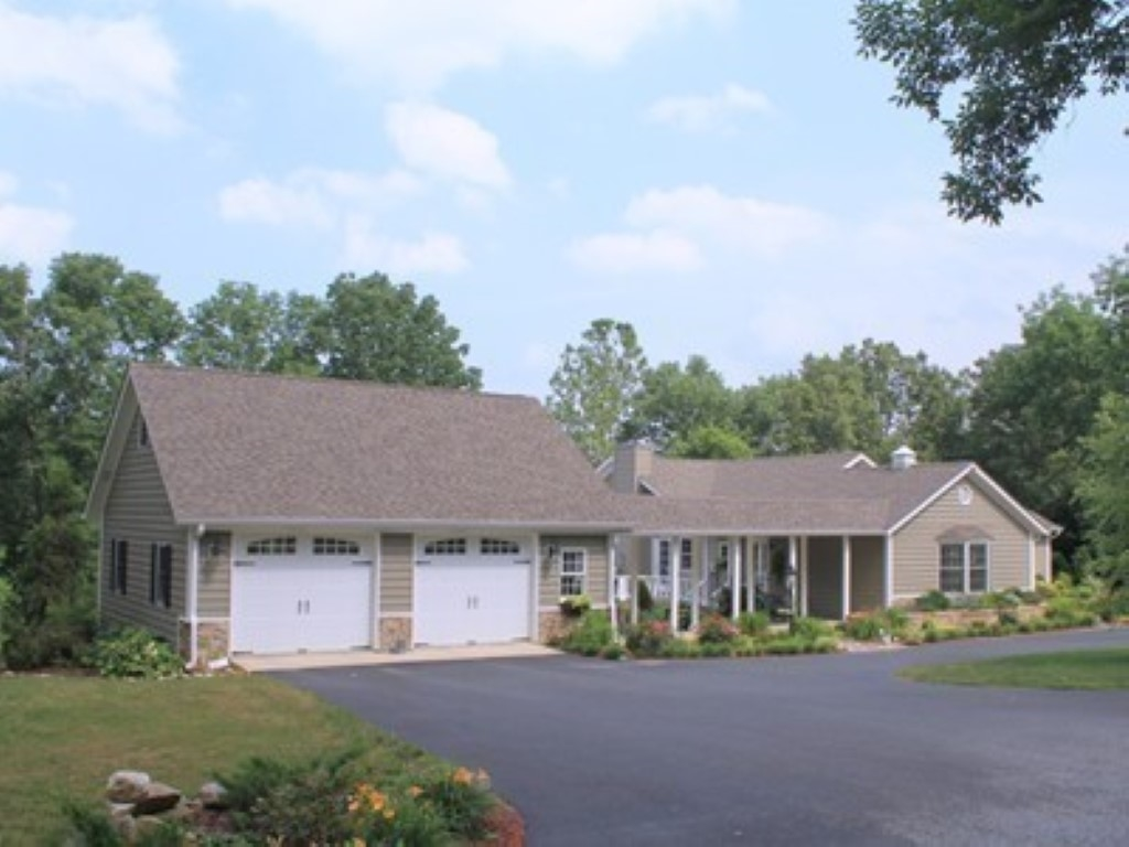 16362 N Hawthorne Hills Property Photo - Mt Vernon, IL real estate listing
