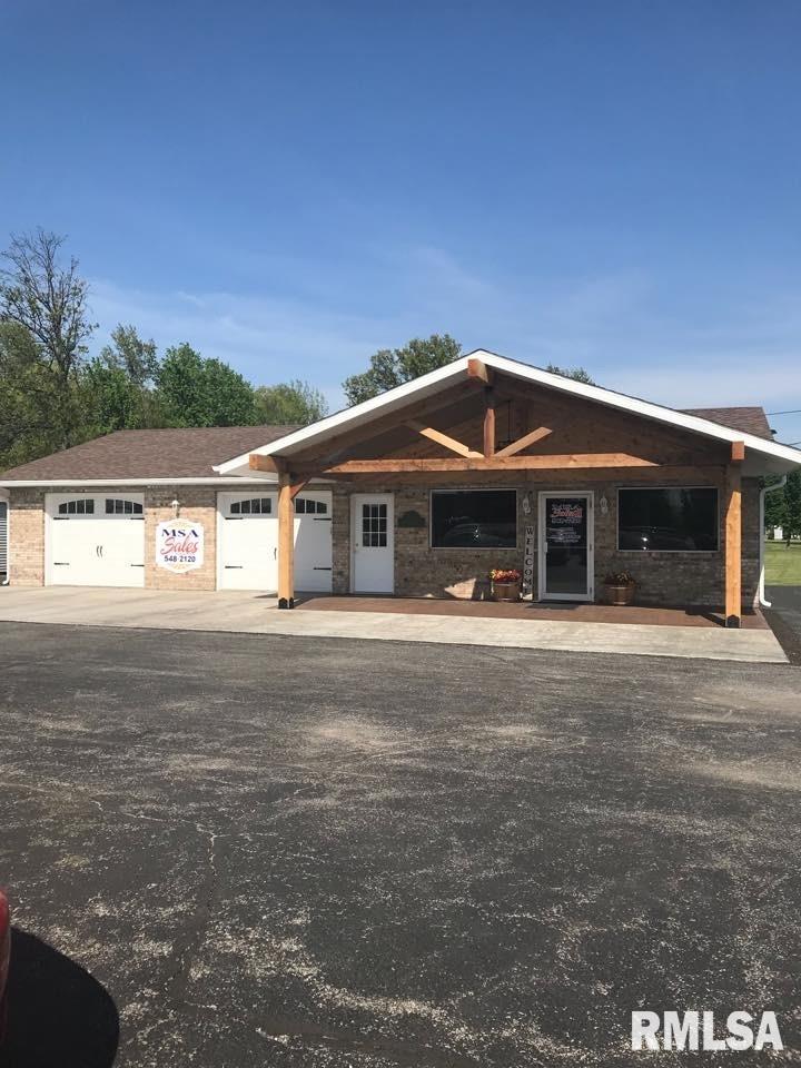 128 S DELMAR Property Photo - Salem, IL real estate listing