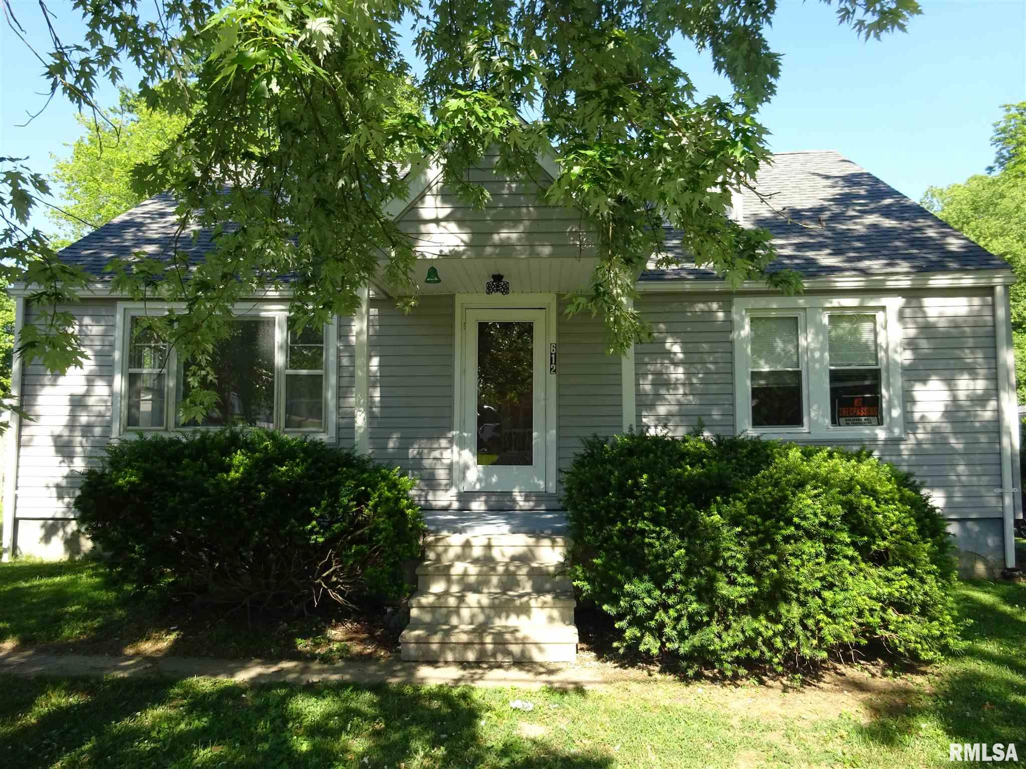 612 N Friend Property Photo - Carrier Mills, IL real estate listing