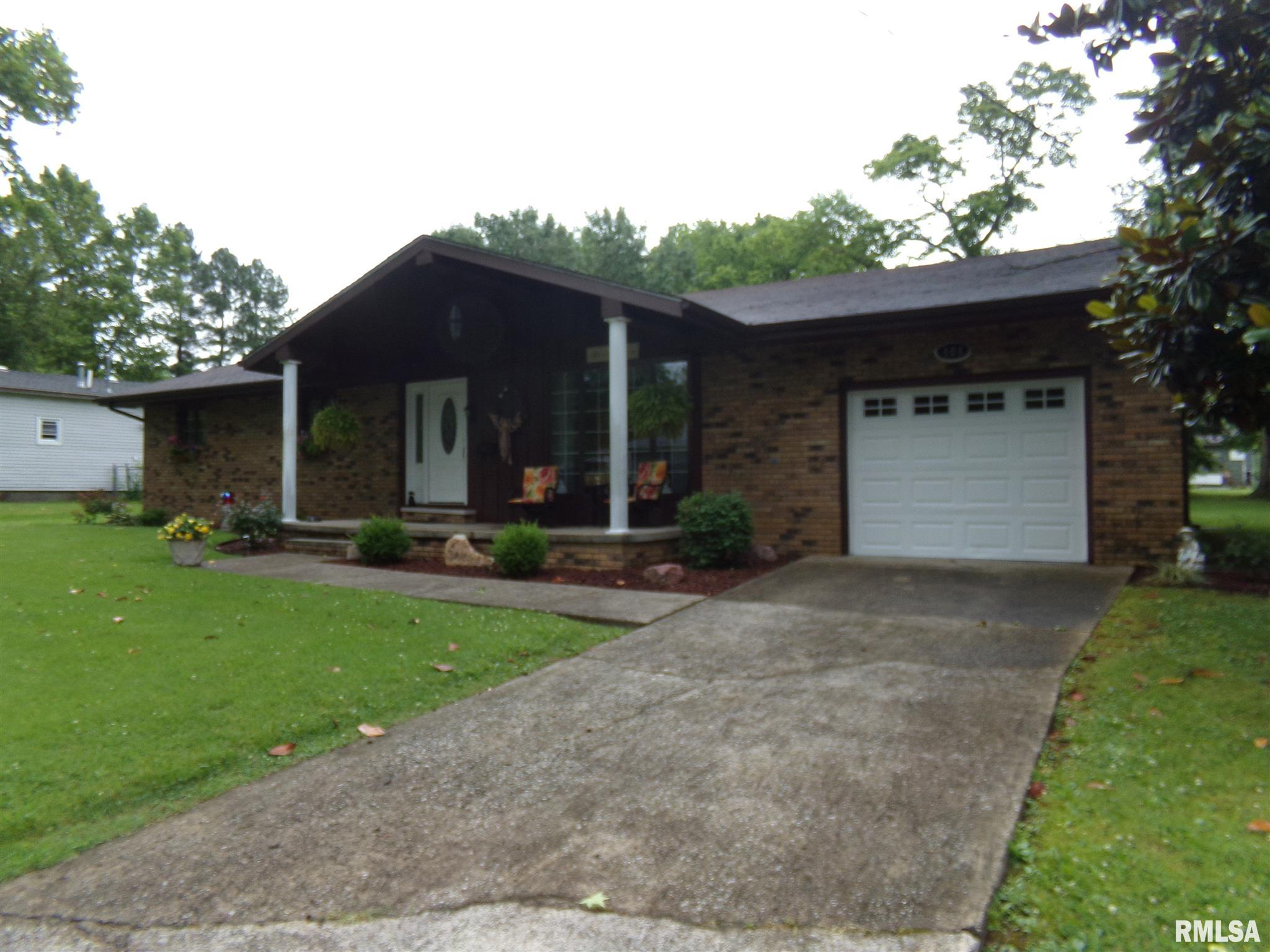 503 S RUSSELL Property Photo - West Frankfort, IL real estate listing