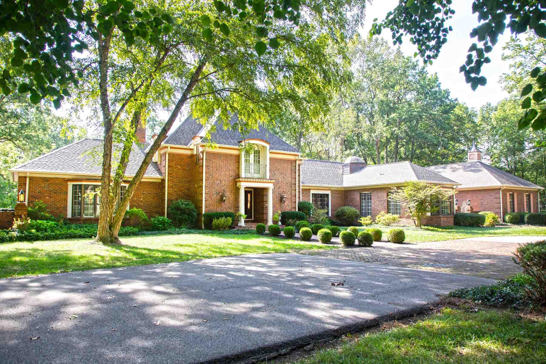62881 Real Estate Listings Main Image