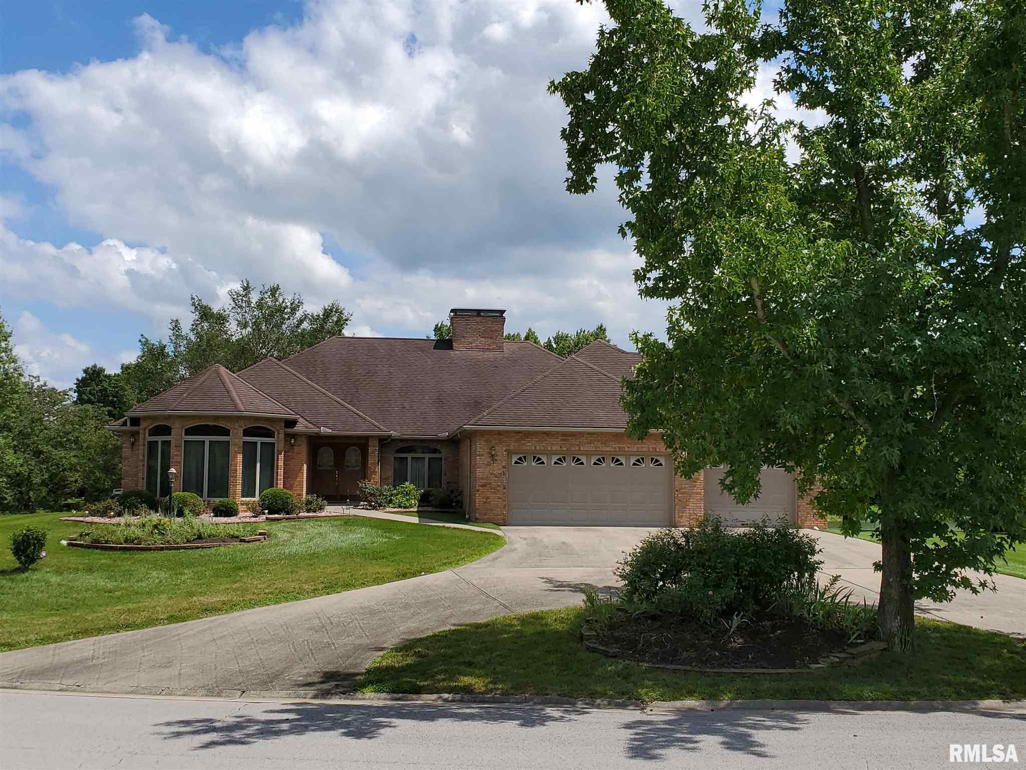 421 Deer Lake Drive Property Photo 1